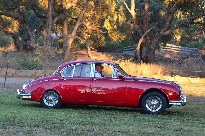 Robert Joiner's 1965<br>Jaguar Mark II