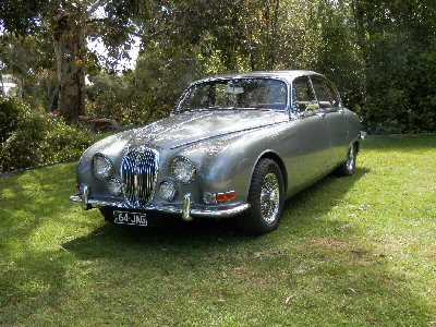 Nick Weekes's 1964<br>Jaguar S type