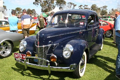 Peter Hibbert's 1940<br>Ford Super Deluxe Coupe