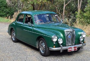 Peter Peacock's 1954<br>MG Magnette